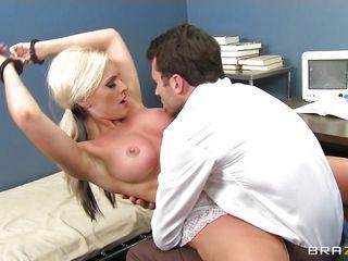 порно видео красивые молодые мамы