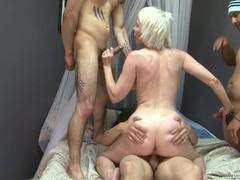 Мужик с пиздой порно бесплатно
