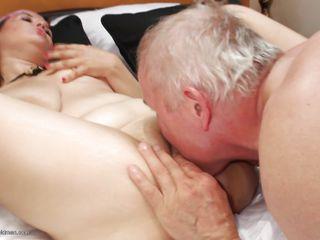 Порно зрелые бисексуалы
