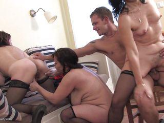 Порно фото зрелых милф
