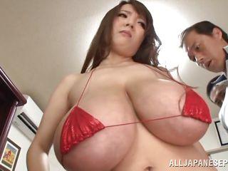 Большие сиськи женщин видео