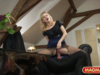 Анальное порно со зрелыми